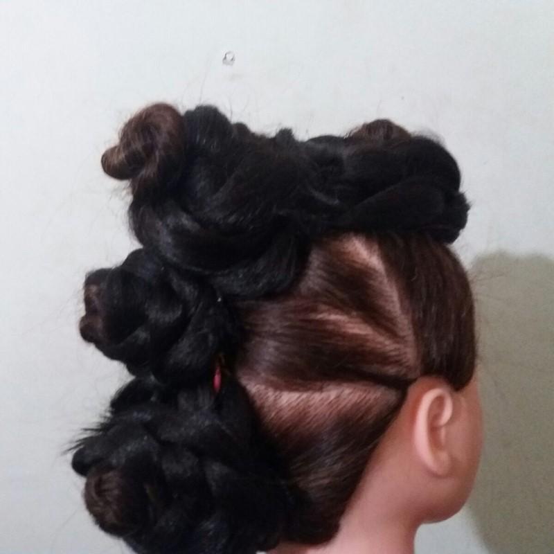 Afro modern braiding course