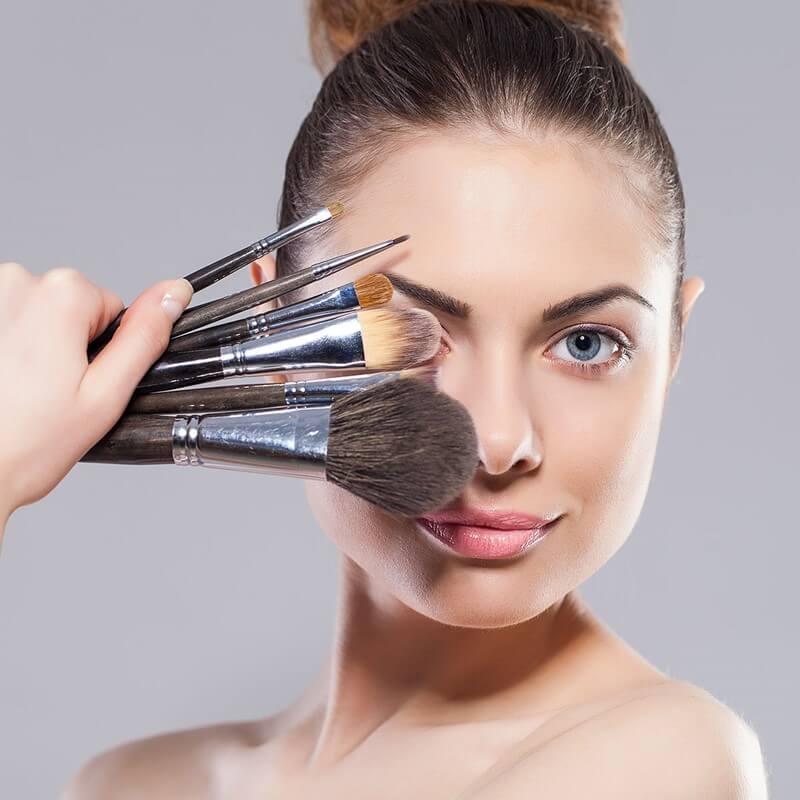 Online makeup course